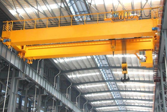material handling overhead cranes are prepared for customers.